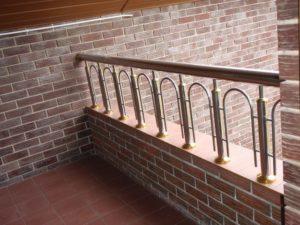 Огородження балконів